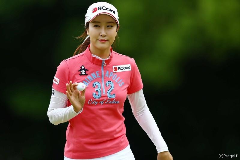 """韓国では""""美女ゴルファー""""と ..."""