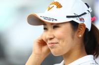首位の座を守り切った比嘉真美子、復活Vをかけて最終日へ NEC軽井沢72ゴルフトーナメント(2017)(2日目) 写真・村上航