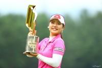 今季2勝目を完全Vで飾った黄アルム NEC軽井沢72ゴルフトーナメント(2018)(最終日) 写真・村上航